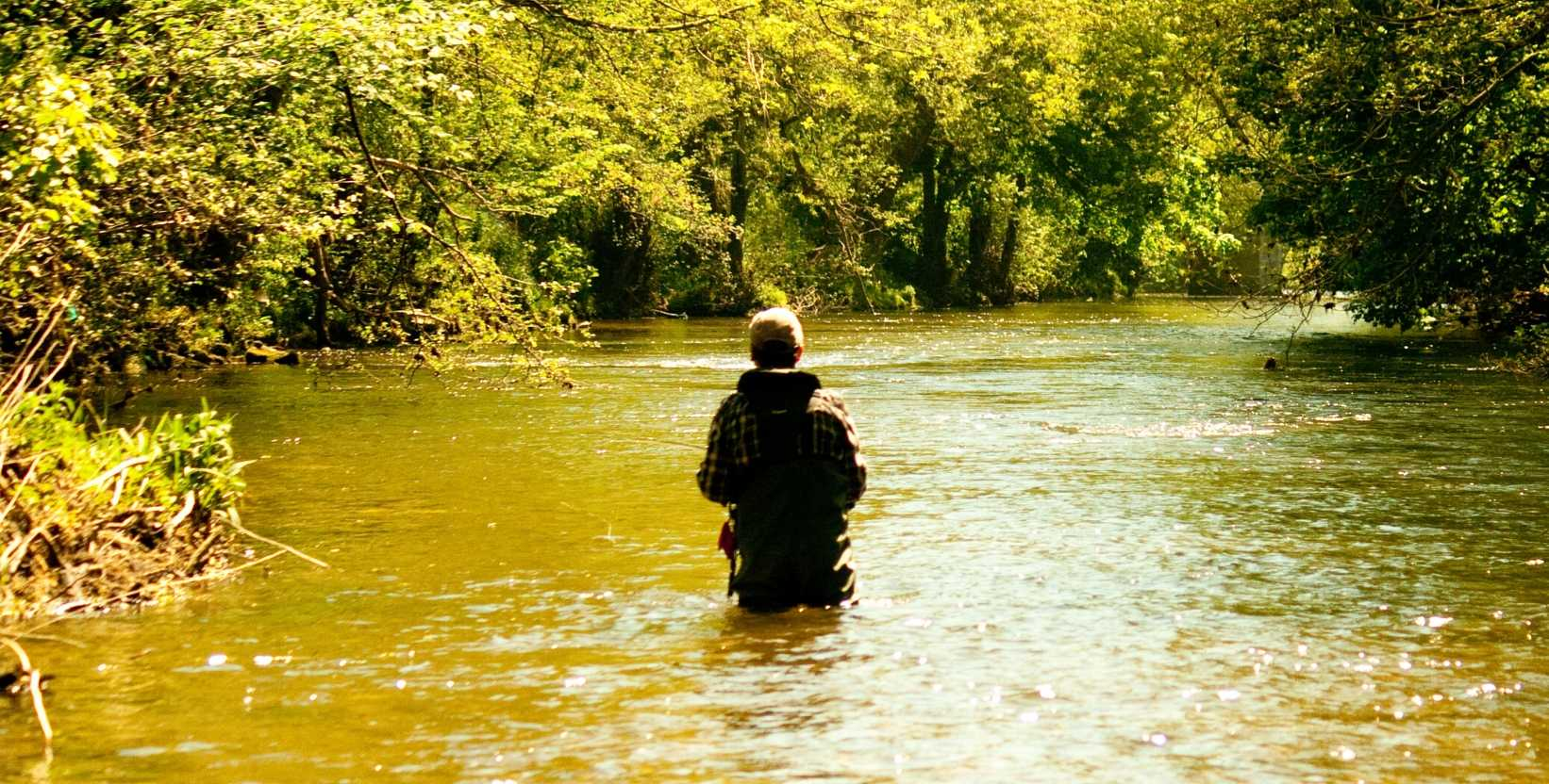 fly-fishing-lesson-derbyshire-river